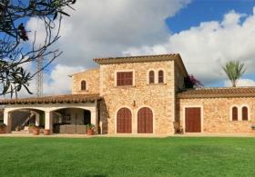Pinturas Mallorca. Restauración persianas mallorquinas